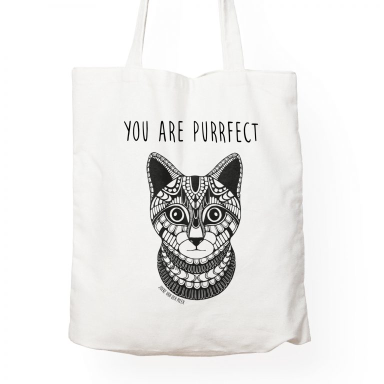 Canvas-Tote-Bag-MockUpcat2