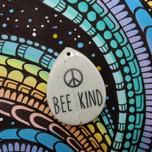 Gemstone Pendant – Bee Kind (peace) 3