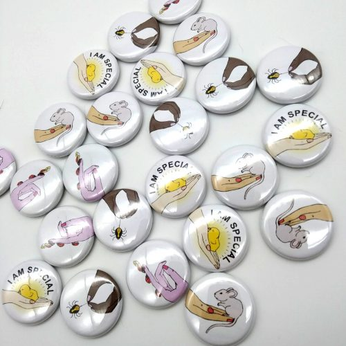 Pins – Small beings (4 pcs)